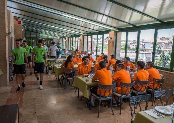 Buffet Del Hotel Rio Ucero