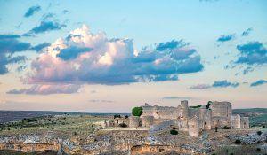 Ruta Caracena